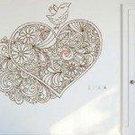 Un hermoso corazón con pájaro para la pared