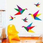 Origamis de color; libres palomas de papel en tu sala