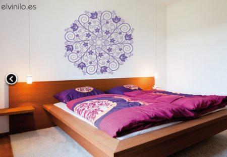 Vinilo decorativo mandala para el cabecero de la cama for Vinilo para dormitorio adultos