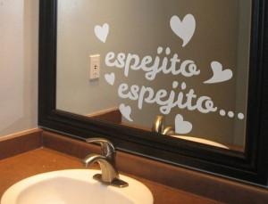 Vinilo decorativo espejito blancanieves