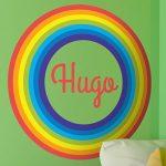 Decora con un vinilo de arco iris y suma color y vida a la habitación